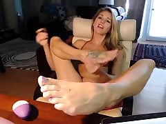 MMF blonde foot worship